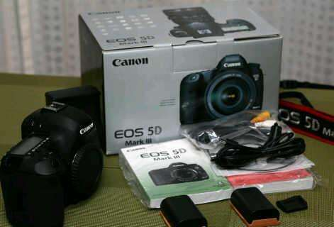 Canon eos 5d mark iii plus 16gm memory card