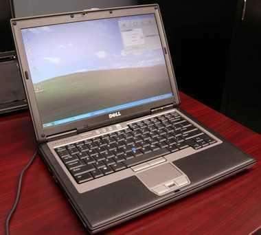 Dell latitude d620 dual core 80gb/2gb dvd wlan