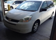 2004 toyota sienna in a perfect working condition available for sale.