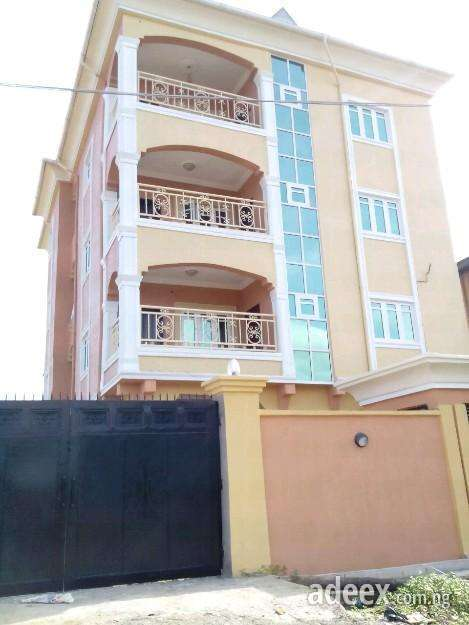 Lowest price 3bedroom flat for rent at ago palace by canal estate. low price