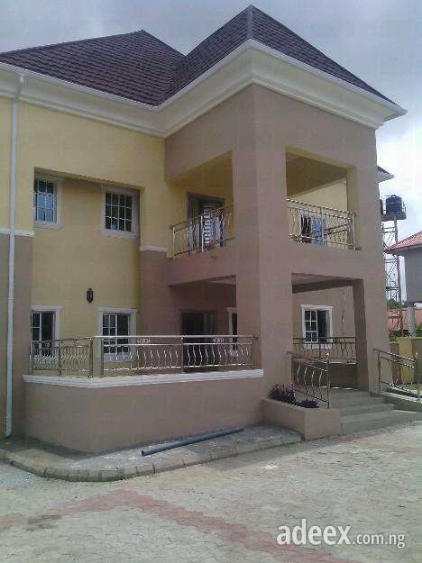 Best sale!!! to let: well finished 4bedroom duplex at prince and princess estate without any damage