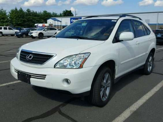 Clean lexus rx-330 for sale at auction price call 08067816891