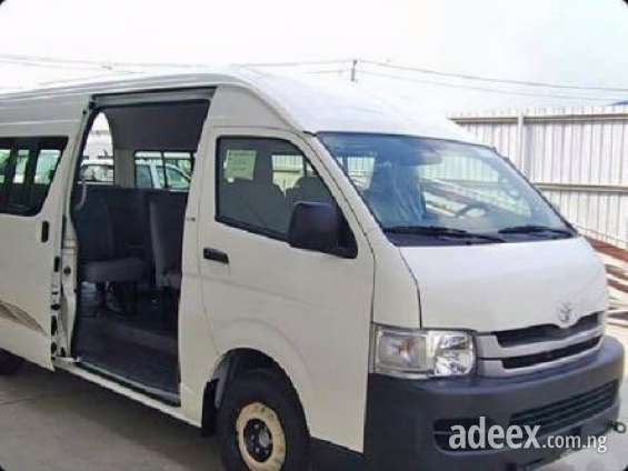 Toyota hiace bus for sale at a very cheap and affordable